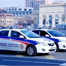 Երևանում քաղաքացին ապօրինի թիկնազոր էր պահում և ավտոշարասյունով շրջում