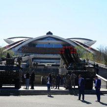 Երևանում ցուցադրության են հանվել ՀՀ զինված ուժերի «Սմերչ», «Գրադ», «Հաուբից» համակարգերը