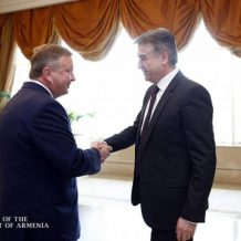 Վարչապետ Կարապետյանն առանձնազրույց է ունեցել է Բելառուսի իր գործընկերոջ հետ
