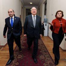 ՀՀ Նախագահ ընտրվելու դեպքում Արմեն Սարգսյանը պատրաստակամ է աշխատել «Ելք»-ի հետ