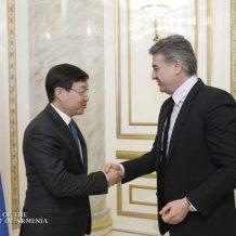 Կարեն Կարապետյանն ընդունել է Ղազախստանի դեսպանին
