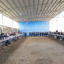 Արցախի նախագահն Արաքսավանում հանդիպել է երիտասարդ գյուղատնտեսների հետ